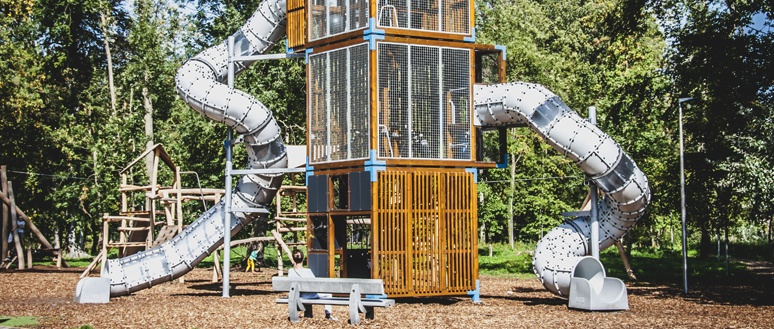 Cube Shaped Metal Playground Structures