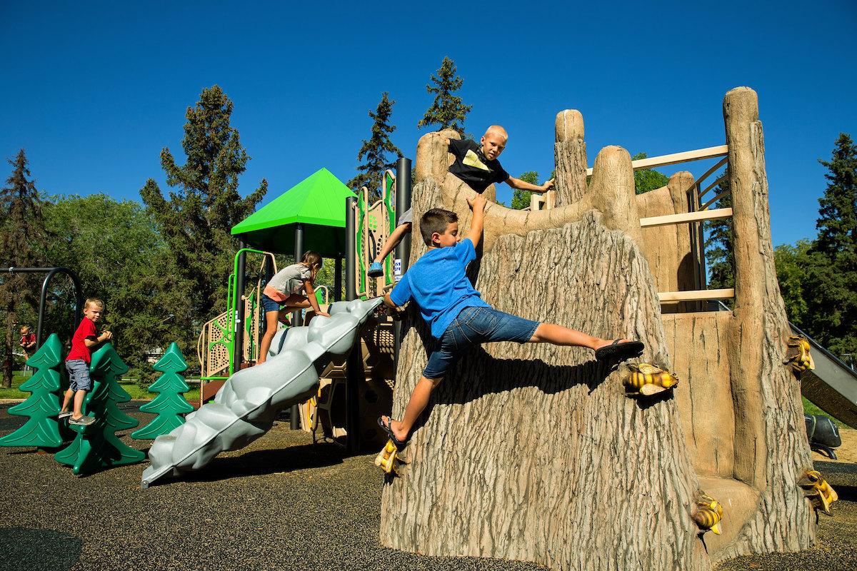 nature-playgrounds