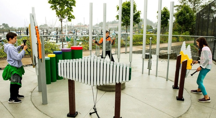 interactive playground - outdoor musical instruments